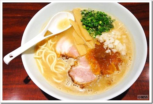 濃厚魚介豚骨(醤油) 麺eiji