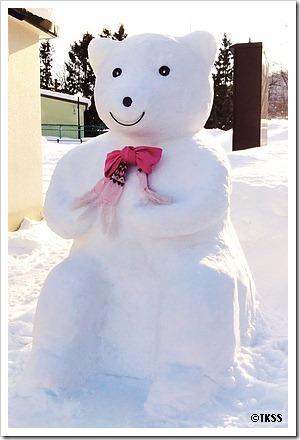 シロクマの雪像@円山公園駐車場