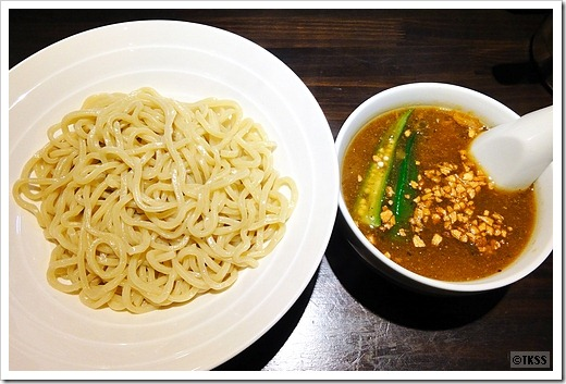 カレーつけ麺 スープカレーマグマ