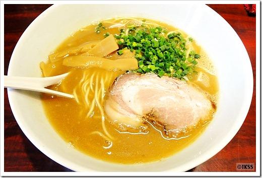 鬼豚 麺eiji
