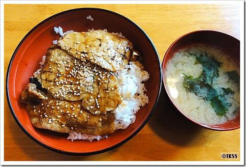 豚丼(並) オリーブ豚丼工房