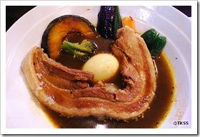 ながーい豚角煮カレー(マグマ)
