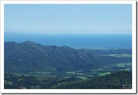 黒松内岳山頂から眺める内浦湾