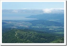 岳山頂から眺める日本海