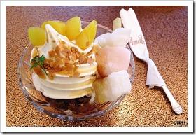 しょうゆクリームぜんざい 洋菓子・喫茶 小樽あまとう