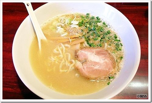 ソルトン(麺 eiji)