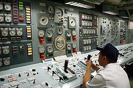 機関制御室