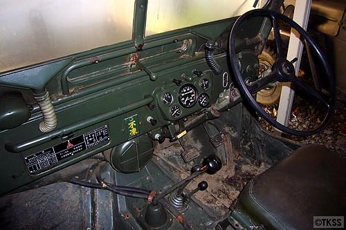 J54Aの運転席