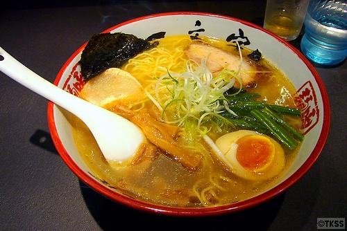 塩らーめん 函館麺や一文字