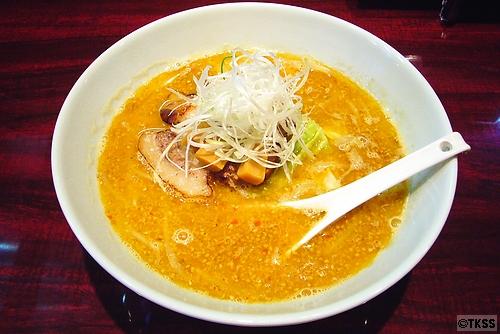 味噌ラーメン 麺 eiji
