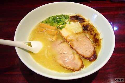 濃厚魚介豚骨麺(塩) eiji