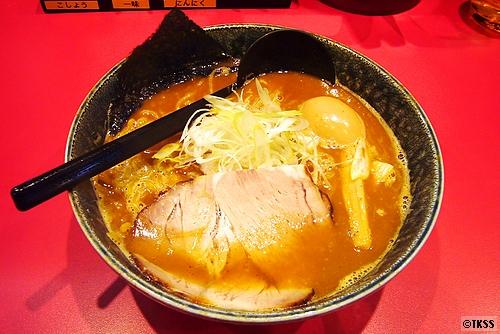 醤油ラーメン(北海道らーめん 奥原流 久楽 本店)