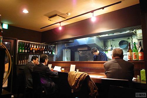 近江軍鶏と和食の店 直(じき) 店内