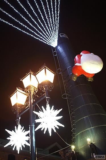 サッポロファクトリー煙突広場のサンタクロース